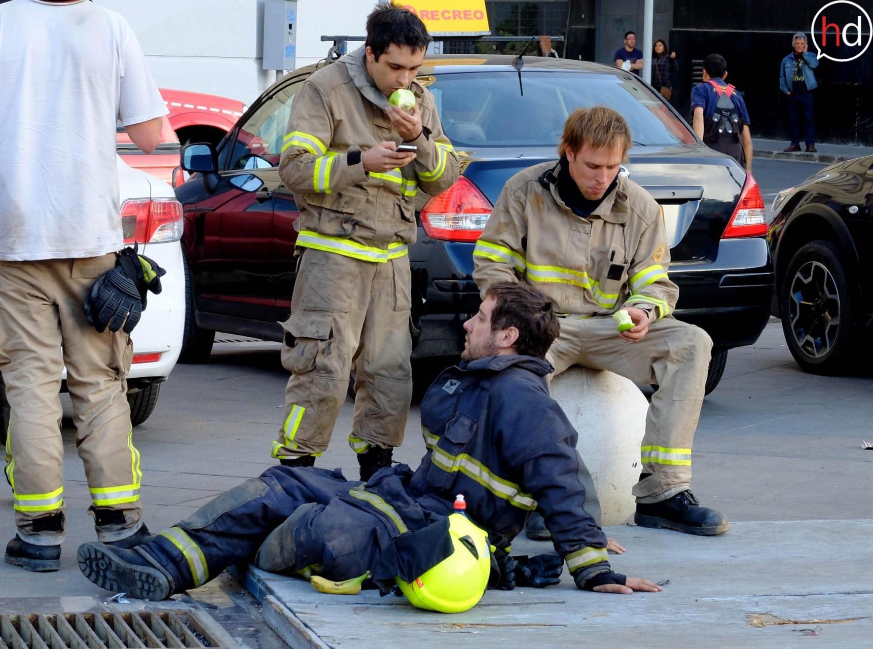 Voluntarios de todo Chile llegaron a atender la emergencia al Puerto.