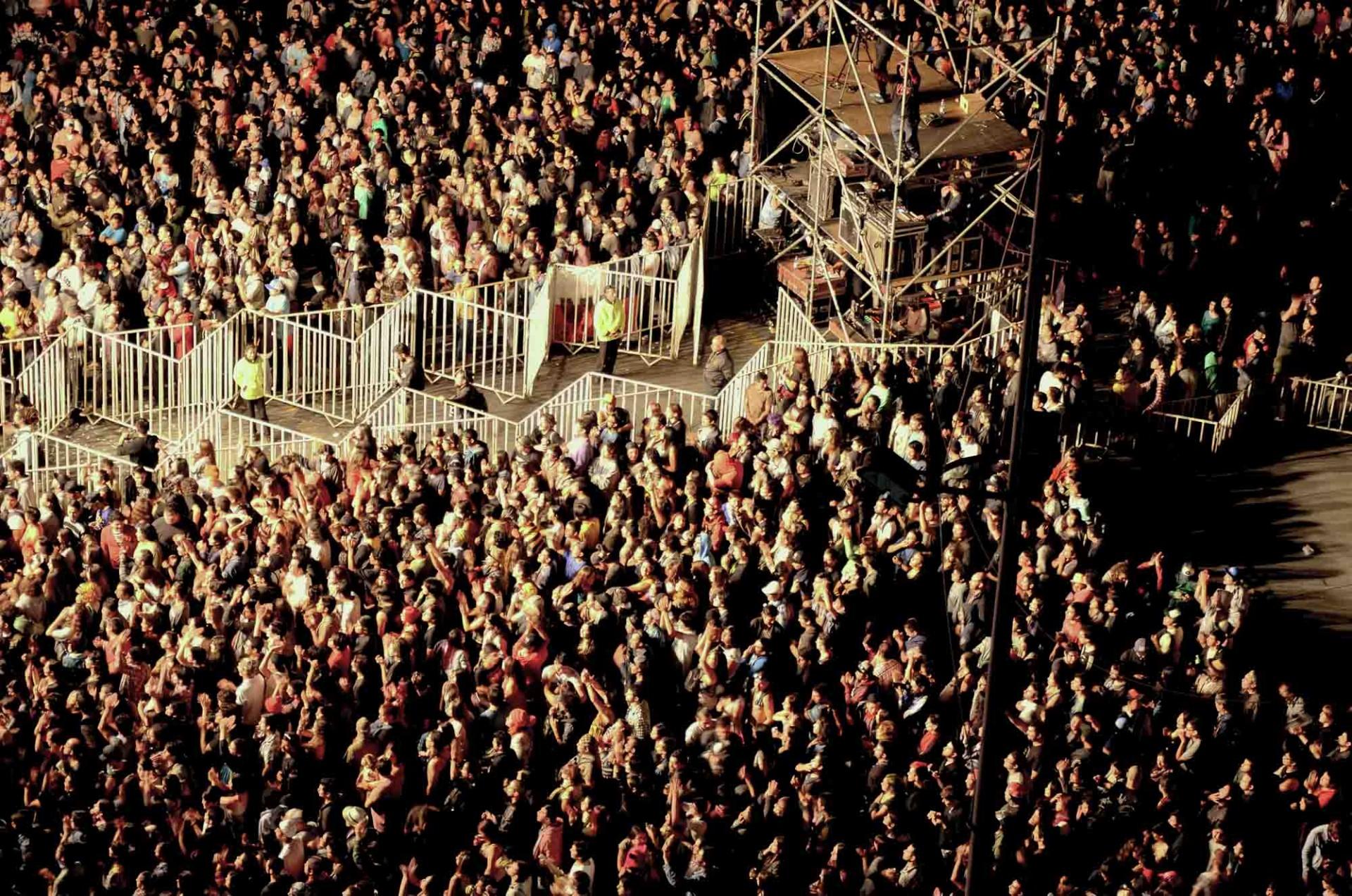 30 mil personas que con su presencia y gritos le compusieron el mejor cumpleaños feliz número 11 al Rockódromo de Valparaíso.