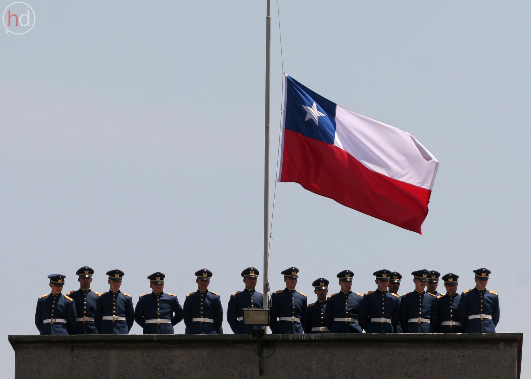 El 11 de septiembre representa el duelo permanente de un país en el que la memoria lucha por emerger en medio del andamiaje ideológico de la historia oficial.