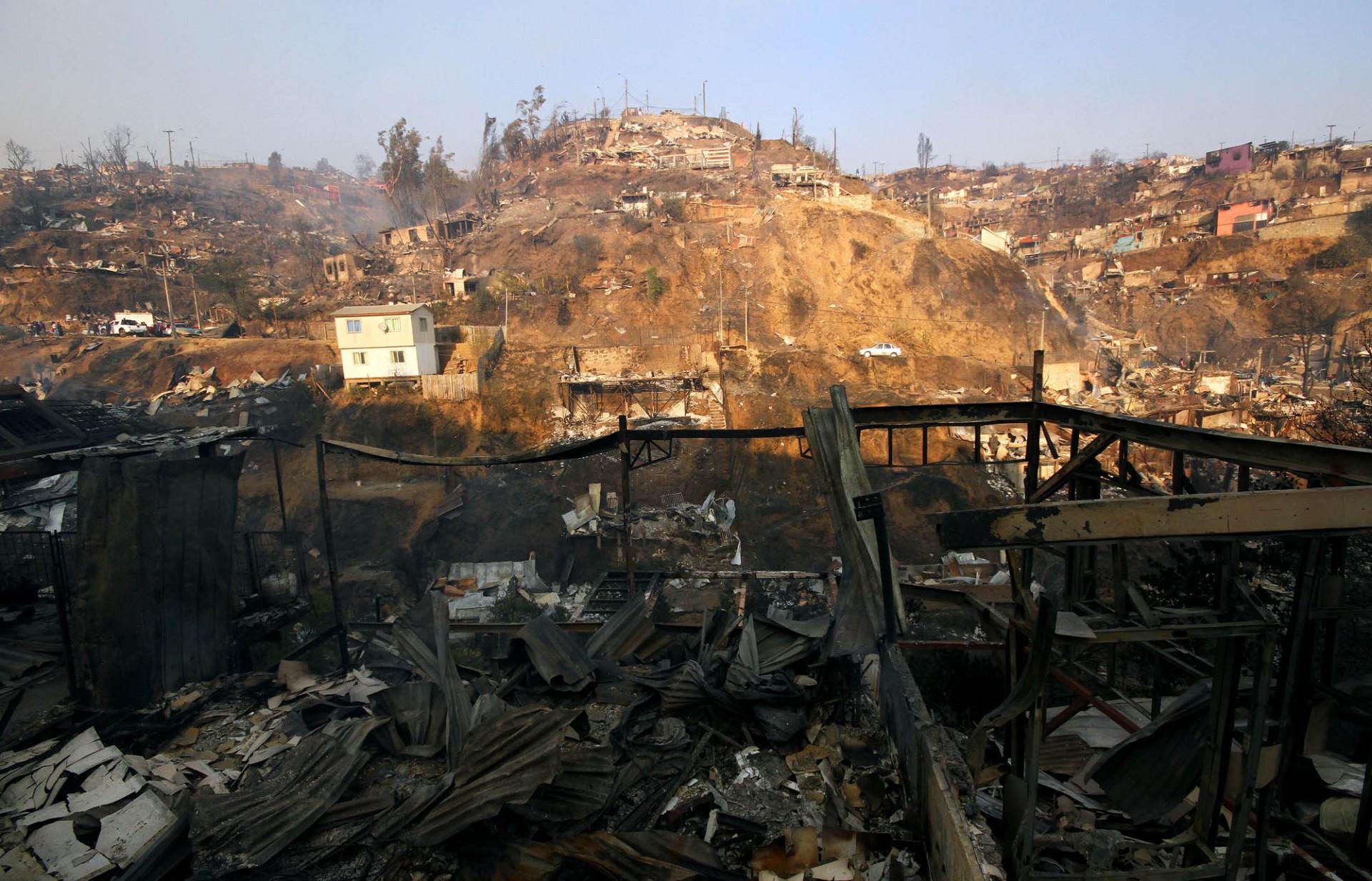Incendio Valpo día 2 (13)