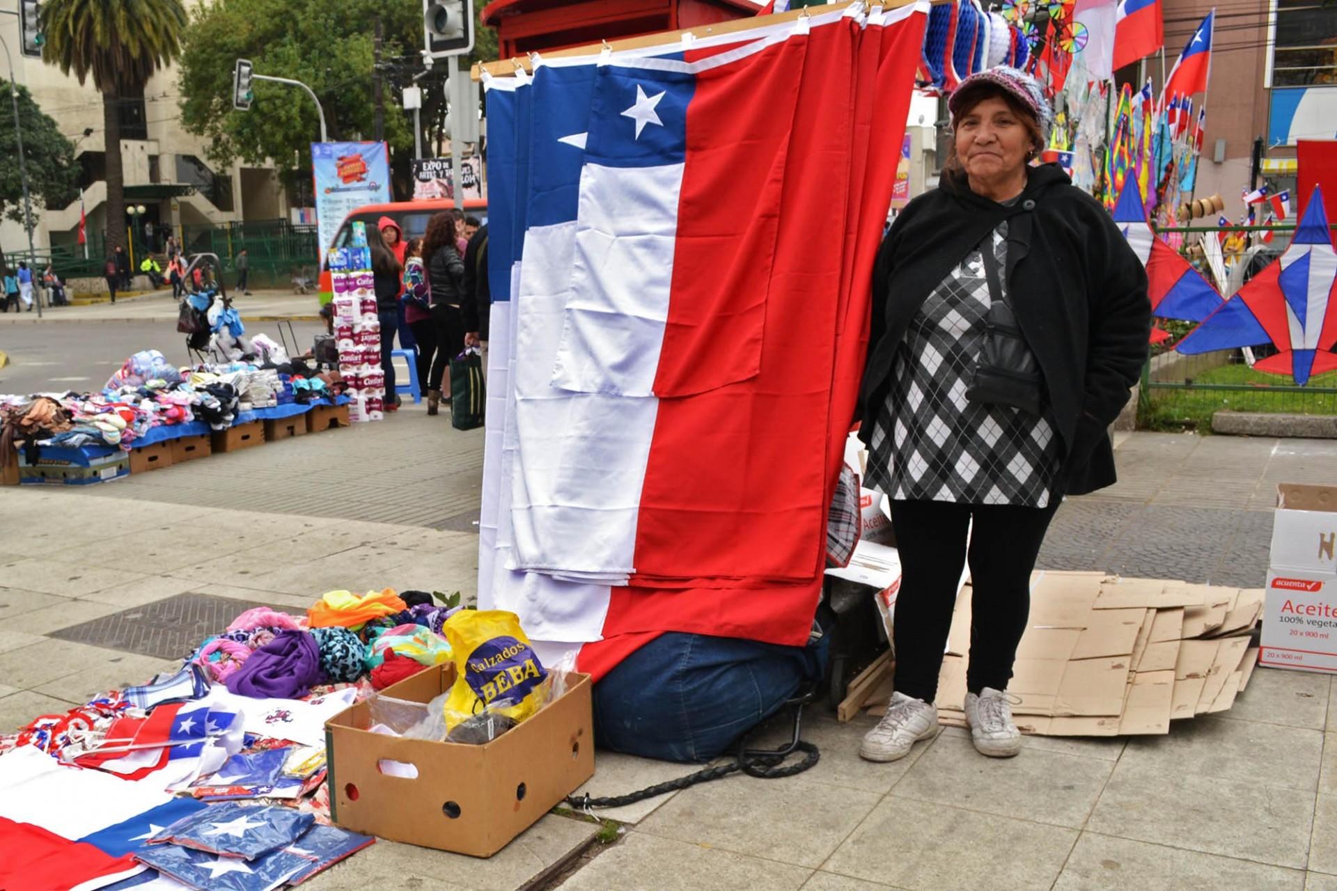 Y no sólo el comercio establecido. Foto: Diego Fuentes